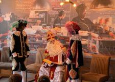 Bezoek Van Sinterklaas En Zijn Pieten